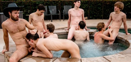 Naked Twink Contest - The Show Goes Crazy